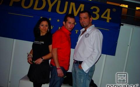 Podyum_200210_2001