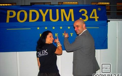 Podyum_200210_2002